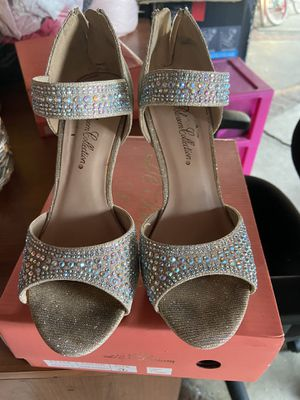 Gold Rhinestone heels for Sale in La Puente, CA