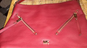RED MICHEAL KORS PURSE Evie large double zipper hobo bag for Sale in Fort Lauderdale, FL