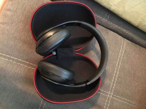 Matte Black Beats Studio Wireless Headphones for Sale in San Antonio, TX
