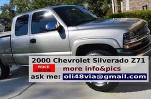 Power Seat 2OOO Chevy Z71 Truck for Sale in Buffalo, NY