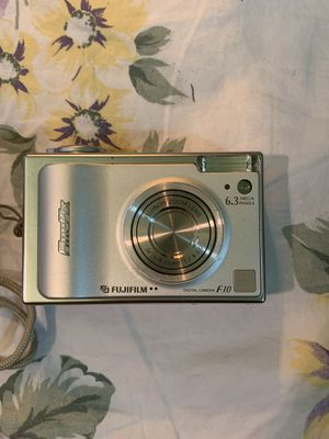 FinePix F10 camera by Fujifilm for Sale, used for sale  New York, NY