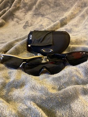 Oakley sunglasses: 3 pairs of oakleys for Sale in Parker, CO