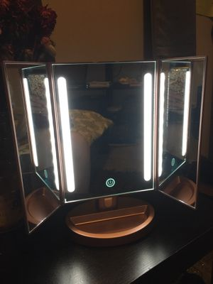 Makeup Vanity Mirror with Lights for Sale in Salt Lake City, UT