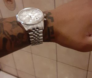 Michael kors watch and guess watch for Sale in Fontana, CA