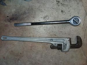 Ridgid 24 inch aluminum pipe wrench plus Pittsburgh 18 in heavy duty ratchet for Sale in Stockton, CA