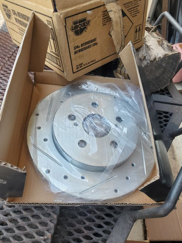 2015 Toyota Corolla brake rotors & ceramic pads