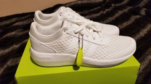 New Adidas shoes size 10 men $40 No Less for Sale in Compton, CA