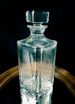 Atlantis glassware / Original Whiskey Decanter for Sale in Cresskill, NJ