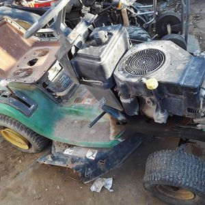 Tractor John deer Para Partes for Sale in Arvin, CA