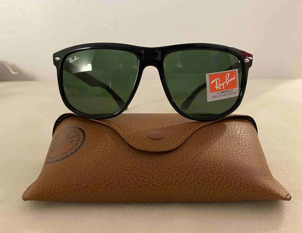 Brand New Authentic RayBan Justin Sunglasses