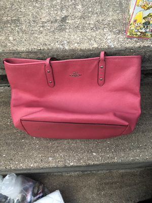 Pink coach like new purse for Sale in Parkville, MD
