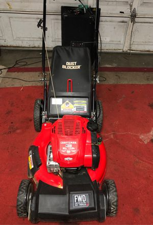 Craftsman self propelled lawn mower for Sale in Stockton, CA