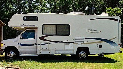 Washer and dryer 2003 Coachmen Catalina 210CB for Sale in Norman,  OK