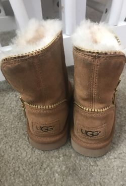 Toddler Ugg snow boots for Sale in Aurora,  CO