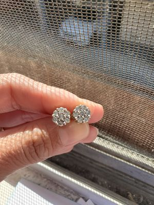Real diamond earrings for Sale in Whittier, CA