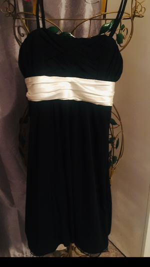 Misses stretch black dress size 8/10 with ruched satin ivory waist slip on classic Vintage Rockabilly or Just like Unique for Sale in Brecksville, OH