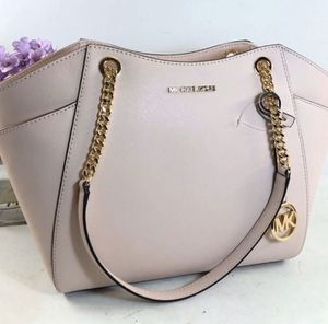 Michael Kors Blush Tote for Sale in Brook Park, OH