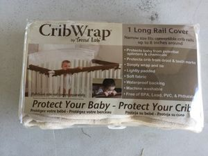Trend Lab Crib Lab, Off White 1 Long Rail Cover for Sale in Chandler, AZ