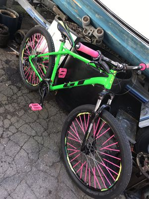 GT mountain bike for Sale in West Haven, CT