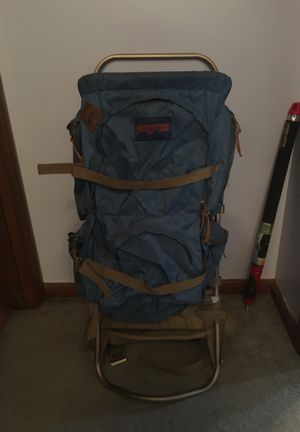 Jansport hiking backpack for Sale in Amherst, OH