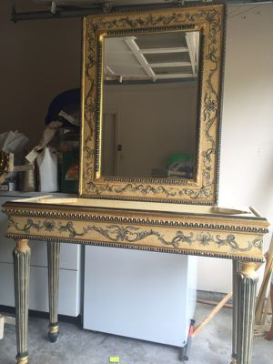Mirror and stand for Sale in Alexandria, VA