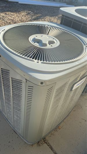 AC CONDENSER UNITS R22 for Sale in Moreno Valley, CA