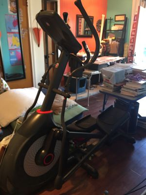 Schwinn Elliptical for Sale in Watauga, TX