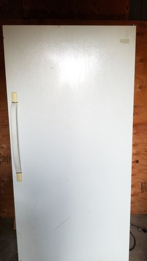 Frigidaire freezer for Sale in Patterson, CA