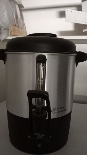 40 cup coffee maker for Sale in Bakersfield, CA