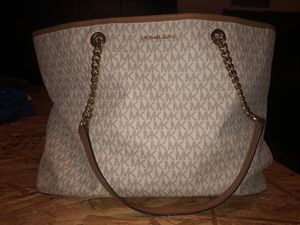 Mk purse for Sale in Evansville, IN