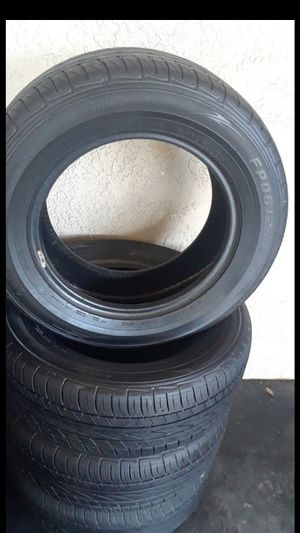 215/60/R15 99% thread for Sale in San Bernardino, CA