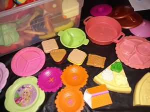 Mix n match play food with dishes for Sale in San Antonio, TX