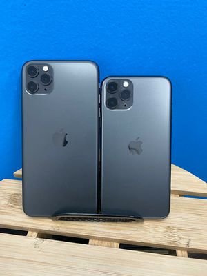 Apple iPhone 11 Pro Max Unlocked for Sale in Tacoma, WA