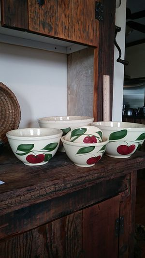 Watts apple mixing bowl set for Sale in Chambersburg, PA