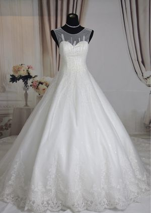 Luxury crystal beaded and embroidered ballgown wedding dress, size 2-4 for Sale in Fort Lauderdale, FL
