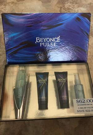 Beyoncé perfume gift set for Sale in San Francisco, CA