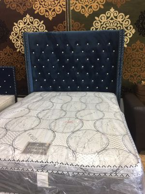 Queen bed fabric 1456 North Beltline Rd. garland TX 75044 suite number 121 for Sale in Garland, TX