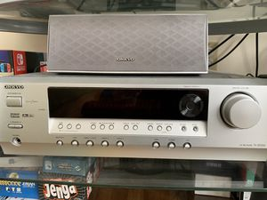 Onkyo TX-SR304 65W per Channel x5, Built-in Dolby Digital, DTS, AM/FM Tuner, Home Theater Receiver (Silver) with 6 speakers for Sale in New Brunswick, NJ
