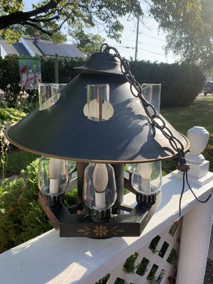 Cute unique small ceiling chandelier for Sale in Pawtucket, RI