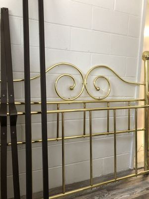 Queen brass bed frame for Sale in Philadelphia, PA