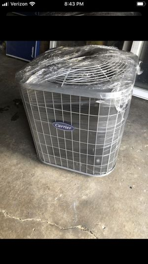 3 ton ac unit with Freon inside R22 ( Carrier ) for Sale in Chicago, IL