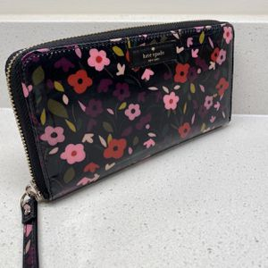Brand New Wallet 100% Authentic for Sale in Occoquan Historic District, VA