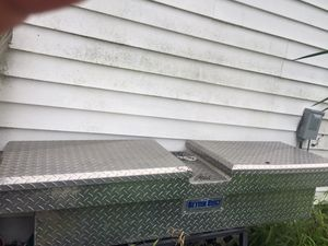 Tool box $60 obo for Sale in Dundee, FL