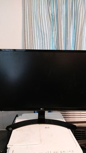 Computer monitor for Sale in Fort Myers, FL
