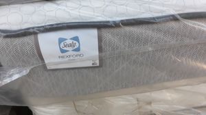 New Queen size SEALY POSTERPEDIC mattress for Sale in Compton, CA