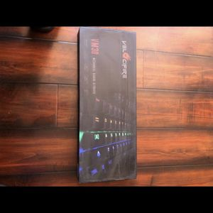 RGB Gaming keyboard with black kailh switches mechanical keyboard for Sale in Los Angeles, CA