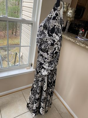 Beautiful black and white dress for Sale in Woodbridge, VA