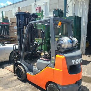 Montacargas Toyota Forklift for Sale in Opa-locka, FL