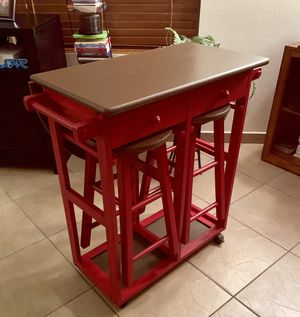 3 Piece Kitchen Island/Breakfast Bar with 2 barstools & 2 drawers on wheels & extending table for Sale in Las Vegas, NV