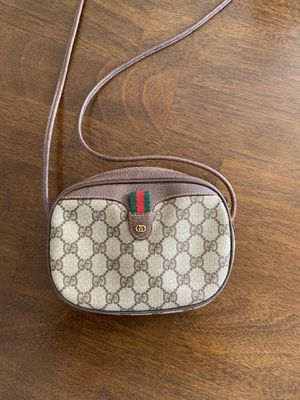 Authentic Gucci crossbody bag for Sale in Hawthorne, CA